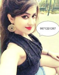 Begleitpersonen, Supriya Singh, 22, India, Telangana, Hyderabad